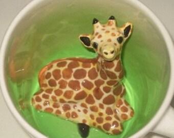 Giraffe Surprise Mug, Handmade Giraffe mug, Giraffe Coffee Mug, Surprise Animug (Made to Order)