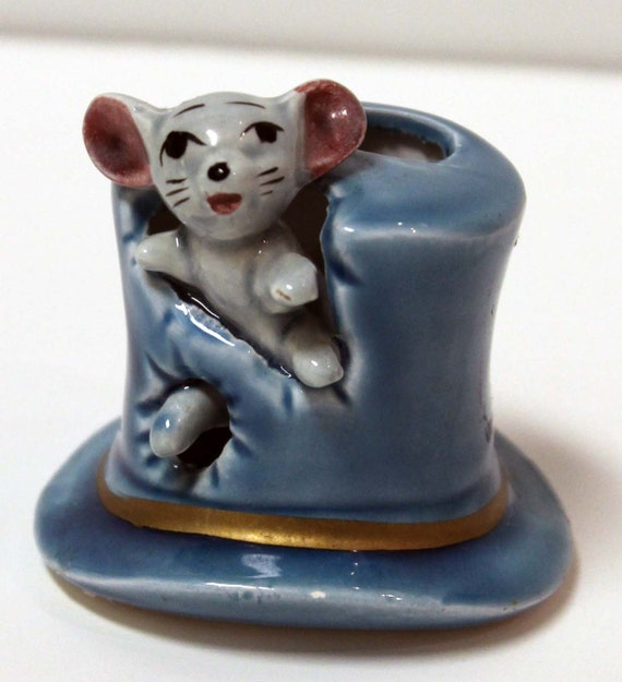 15 off vintage mouse in top hat toothpick holder by rerundesign - Toothpick holder for purse ...