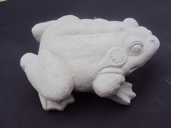 Frog Stone Weights About Nine Pounds