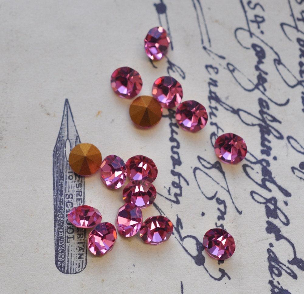 12 Vintage Rose Swarovski Crystals 32 SS From