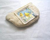 Vintage inspired romantic woman purse coin purse linen bird ornament cotton lace and vintage button