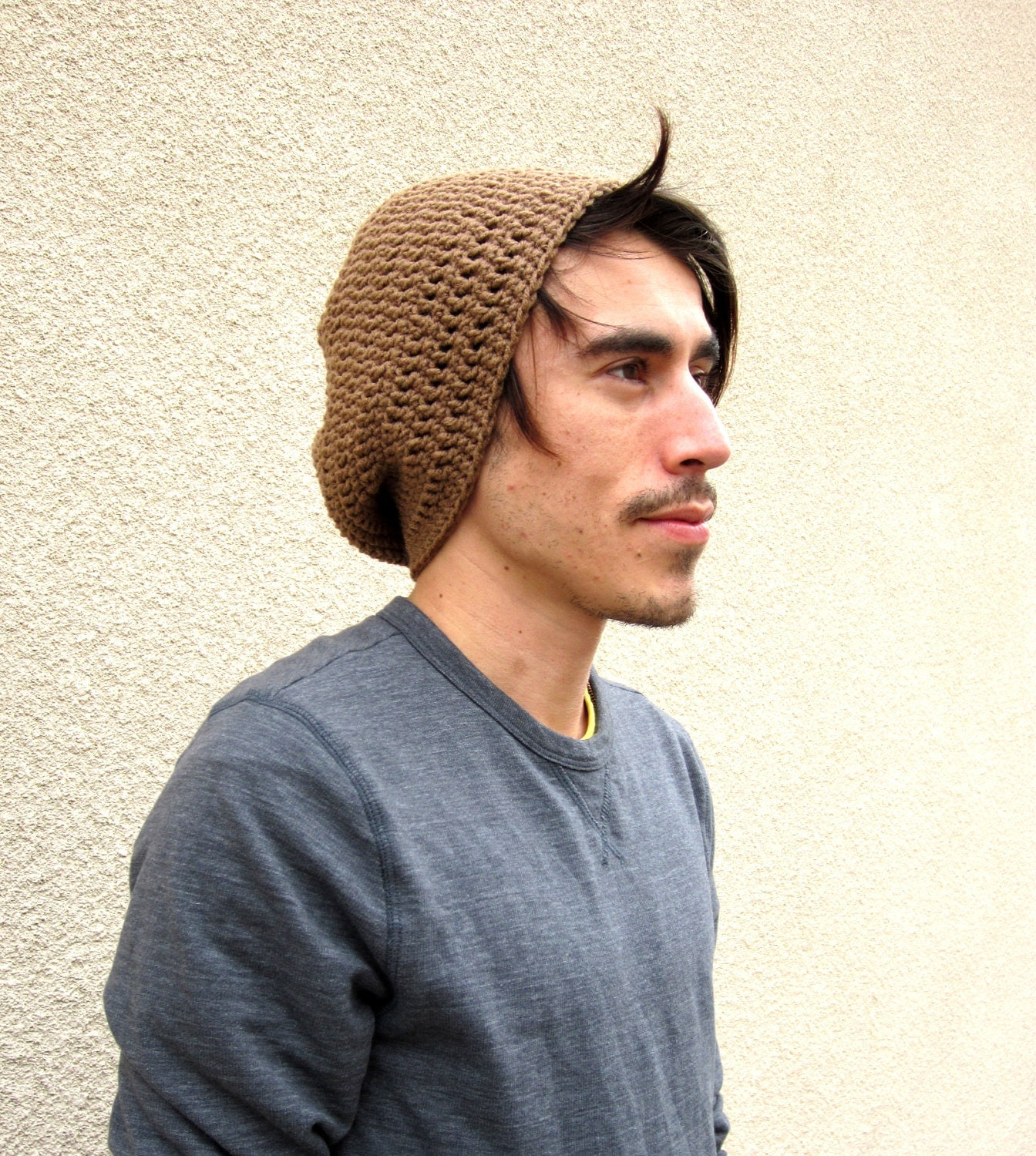 how to wear a slouchy beanie for guys