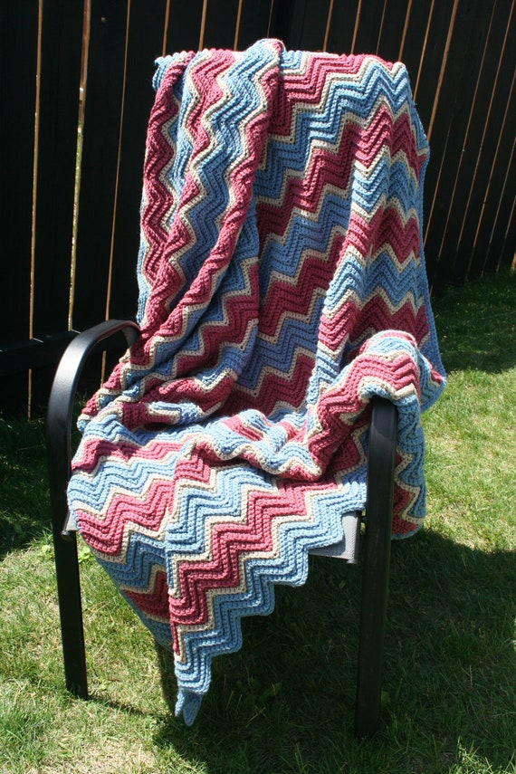 SALE Crochet Ripple Zig Zag Chevron Afghan Throw in Country Blue Dusty Rose and Linen