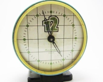 VINTAGE SOVIET CLOCK, use for home decor.