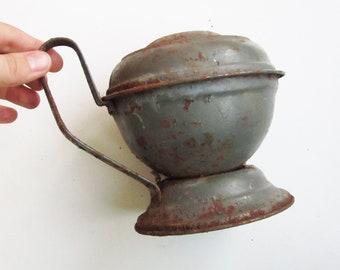 BEAUTIFUL ANTIQUE kerosene LANTERN piece. Use for shadow boxes, home decor, collect.