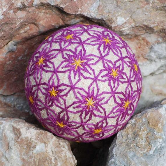 Lilac Flowers temari ball