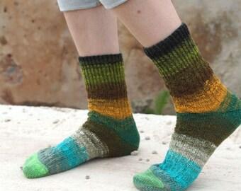Hand knitted women wool Socks colorful striped autumn fashion green orange unisex Noro