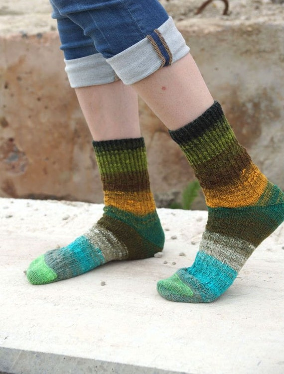 Hand knitted women wool Socks colorful striped autumn fashion green orange unisex Noro