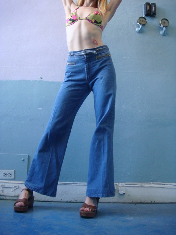 Vtg 70s Denim Bell Bottoms / Belted Blue Jean Pants / Britches