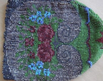 Beautiful Antique Victorian TLC Beaded Bag Purse With Roses Periwinkle Floral Ornementation 1
