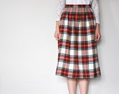 SALE / Vintage 60s Wool Red Plaid Skirt A-Line / size XS, small