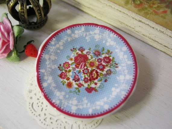 Berry Red Plate for Dollhouse