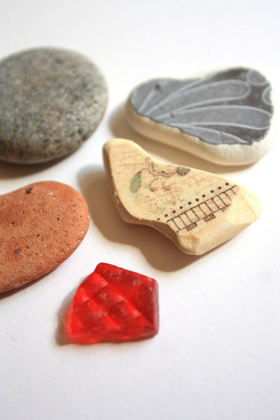 Irish Beach Combing Finds Lot 5 Pieces - Mix of Beach Pottery, Red Sea Glass and Beach Stones - Lot 11