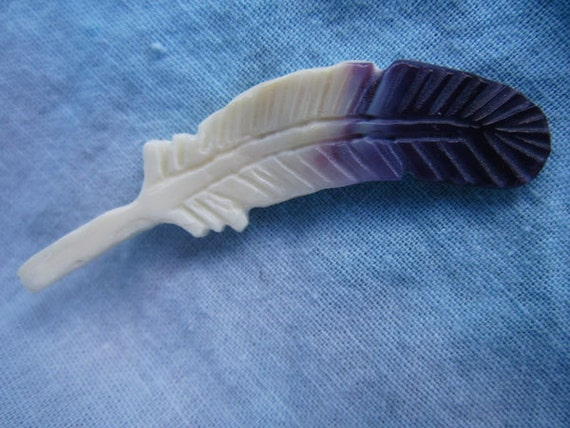 Wampum Eagle Feather - Purple Quahog Shell - Hand Carved Suckáuhock