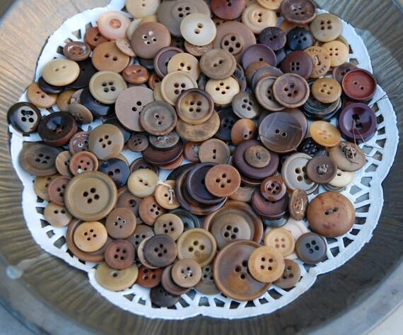 Vintage Brown Buttons All Sew Thru 175