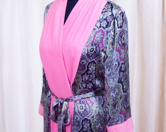 1940s Dressing Gown // Paisley Print with Color Block Fuchsia Robe Dress