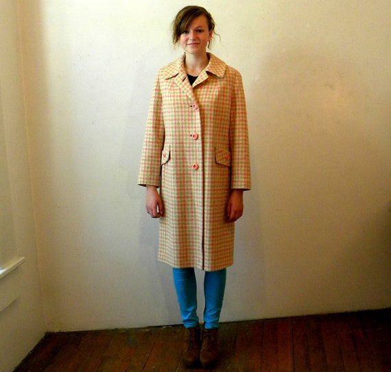 Oversize Coat / 1960s Wool Plaid / Pink Orange / Medium Large INCLUDES SHIPPING