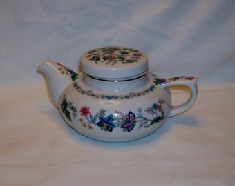 Teapot white with floral designs Andrea by Sadek