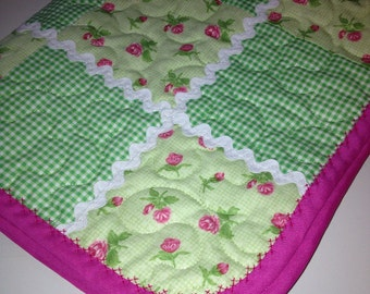 "Spring Green, Roses and Gingham Checks Combine Sweetly In This 27"" X 31"" Carseat/Stroller or Doll Quilt"