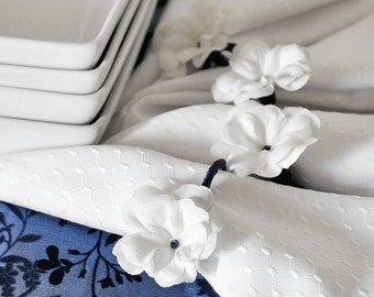 Sapphire Blue Napkin Rings Hostess Gift. White Flowers Handmade Winter Wedding Navy Blue Swarovski Holiday Decor Crystals. Gift Set of 4