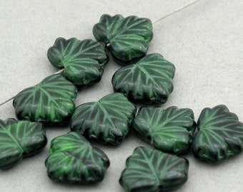 Czech Glass Maple Leaf Beads 10pcs green 10X13mm JB11083