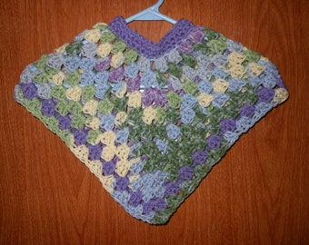 Poncho size 9 to 12 months