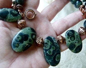 Big Stone Kambaba Jasper Necklace - Copper Beads - Earthy Green Statement Necklace