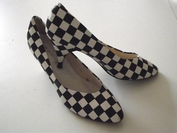 Vintage Shoes high heels black white check nascar color blocked 9 1/2 M SALE