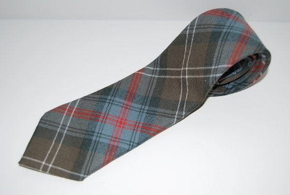 Vintage  Necktie tie mens classic   1980s  Office Made in Scotland, fabric woven  Perfecr gift .