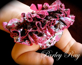 Beautiful Parley Ray Boutique Glittery Ruffled Baby Bloomers Pageant / Diaper Cover / Photo Props