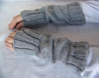 Hand Knit Wrist Warmers / Fingerless Gloves / Texting Gloves Light Grey Heather Acrylic Yarn