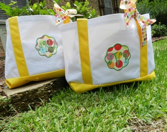 Monogrammed Carry On bags, monogram tote bags, monogram canvas totes, Beach Bags Bridesmaids Gifts Chevron Print bags