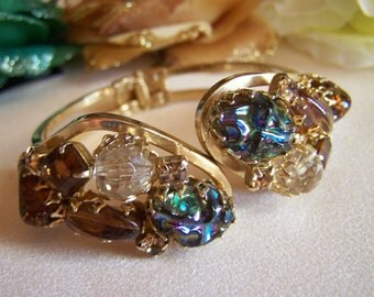 Juliana Style Hinged Clamper Bracelet Art Glass Stone and Rhinestone Vintage  Fabulous