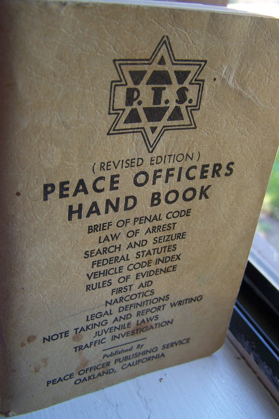 """Vintage 1950 """"Police / Peace Officers"""" Hand Book"""