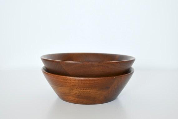 Wooden bowl walnut Mid Century set of 2