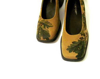 Hand Painted ROCKPORT wedge shoes suede womens size 7 acorns of fall