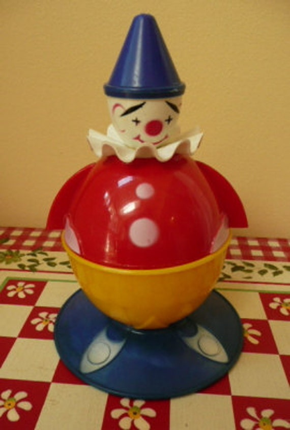 Send in the Clowns---Vintage Child's Breakfast Set