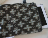 Water Resistant iPad Sleeve, padded and zippered: Gray and Black