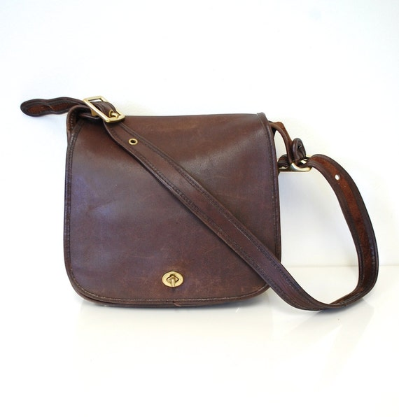 Vintage Large COACH NYC Brown Leather Classic 70s Stewardess Bag