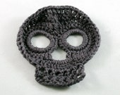Crochet skull motif - dark gray