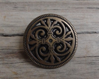 2 Antiqued Brass Metal Shank Buttons Round Filigree 3/4""