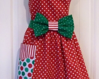 Womens Christmas  Minnie Mouse  Apron  PLUS size Red and Green