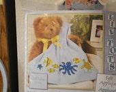 Applique Li'l Tots Baby Blanket kit,    Absolutely Darling