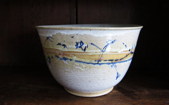 Large Deep Off-White Bowl