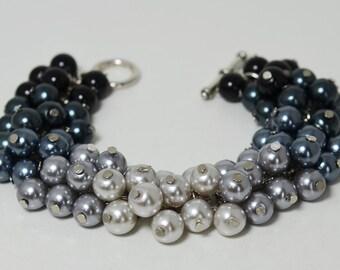Gray and Black Ombre Pearl Bracelet ,Chunky Pearl Bracelet, Bridal Jewelry, Wedding Bracelet, Shades of Gray Bracelet, Black Pearl Jewelry