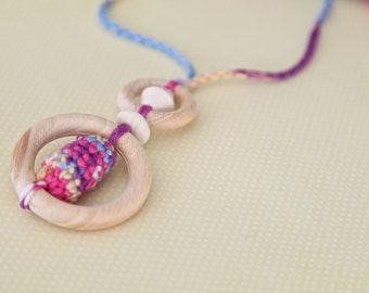 Colourful pendant necklace for her. Teething rings nursing necklace with wooden olive, multicolour teething toy.