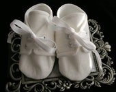 White Linen Baby Boy Booties\Shoes\Wedding, Christening, Infant, Toddler and Pre School sizes, Handmade by Nostalgic Baby Couture