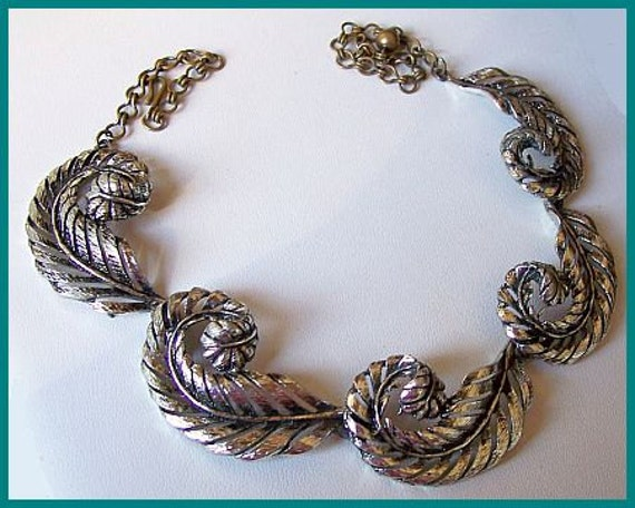 "Vintage Statement Choker Necklace Silver Etched Metal Feather Leaf Design 16.5"" EX"