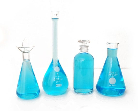 5 DAY SALE 11pc Chemistry Labware, Instant Collection