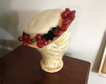 Red Grapes Hat